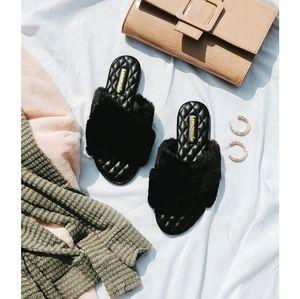 Shoes - 🌈Above the Clouds// Black fur slides